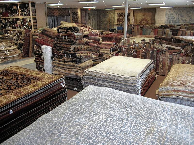 QUALITY RUGS DETERMINED BY THE MATERIAL
